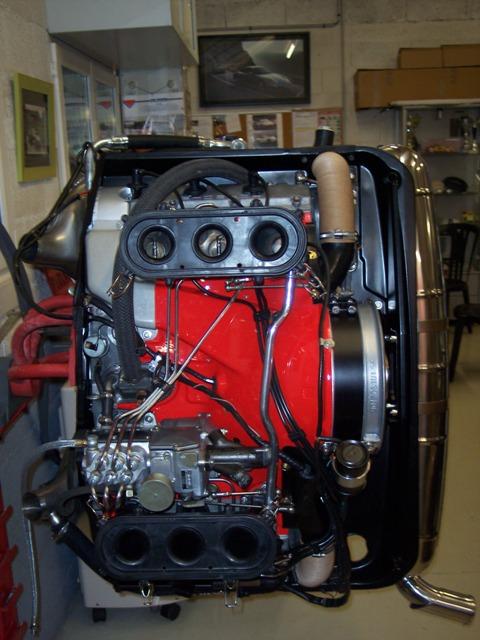 MJ TECHNIC SPECIALISTE PORSCHE RESTAURATION PORSCHE 911 2.4L S MOTEUR ET BOITE 915 MAGNESIUM (38)