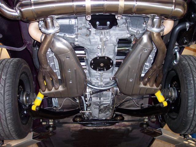 MJ TECHNIC SPECIALISTE PORSCHE RESTAURATION PORSCHE 911 2.4L S MOTEUR ET BOITE 915 MAGNESIUM (40)