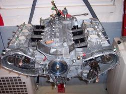 MJ TECHNIC SPECIALISTE PORSCHE RESTAURATION PORSCHE 911 2.4L S MOTEUR ET BOITE 915 MAGNESIUM (42)