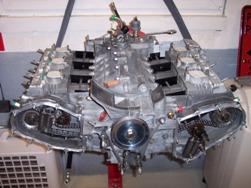 MJ TECHNIC SPECIALISTE PORSCHE RESTAURATION PORSCHE 911 2.4L S MOTEUR ET BOITE 915 MAGNESIUM (45)