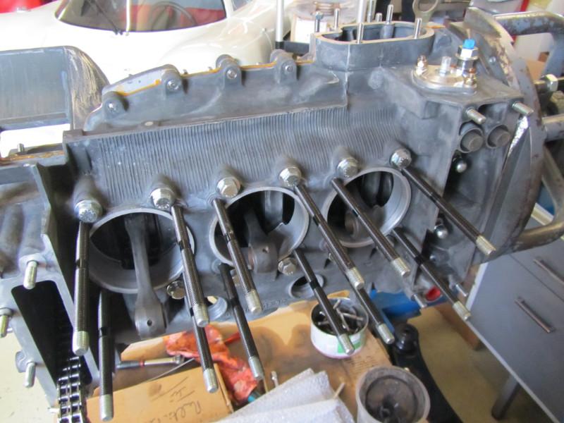 MJ TECHNIC SPECIALISTE PORSCHE RESTAURATION PORSCHE MOTEUR 911 2.4L S (46)