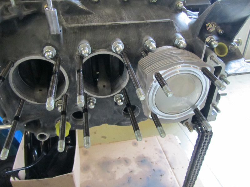 MJ TECHNIC SPECIALISTE PORSCHE RESTAURATION PORSCHE MOTEUR 911 2.4L S (48)