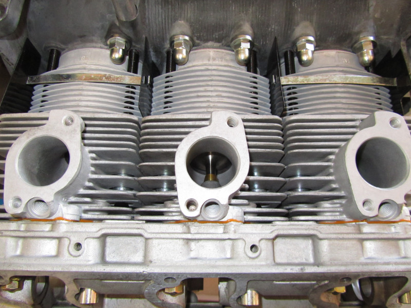 MJ TECHNIC SPECIALISTE PORSCHE RESTAURATION PORSCHE MOTEUR 911 2.4L S (66)