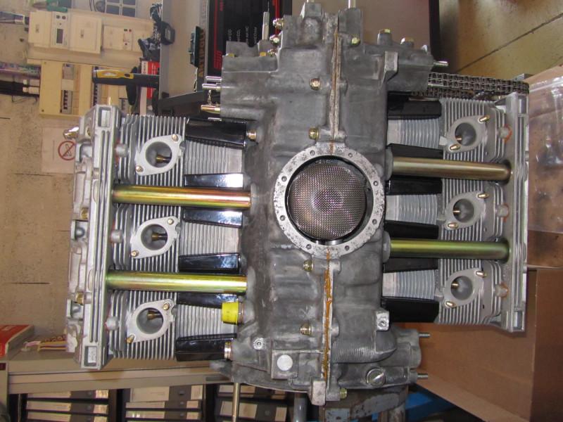 MJ TECHNIC SPECIALISTE PORSCHE RESTAURATION PORSCHE MOTEUR 911 2.4L S (67)