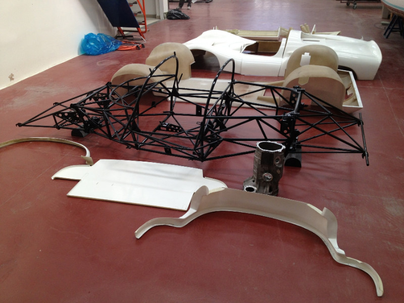 MJ TECHNIC SPECIALISTE RESTAURATION PORSCHE 910 (1)