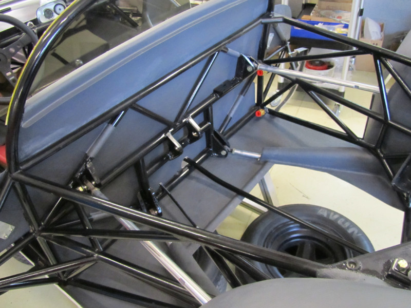 MJ TECHNIC SPECIALISTE RESTAURATION PORSCHE 910 (3)