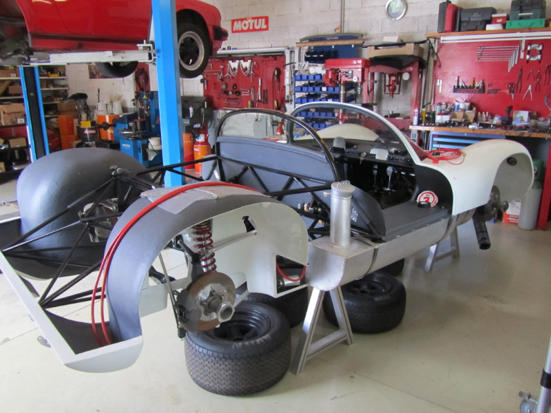 MJ TECHNIC SPECIALISTE RESTAURATION PORSCHE 910 (7)