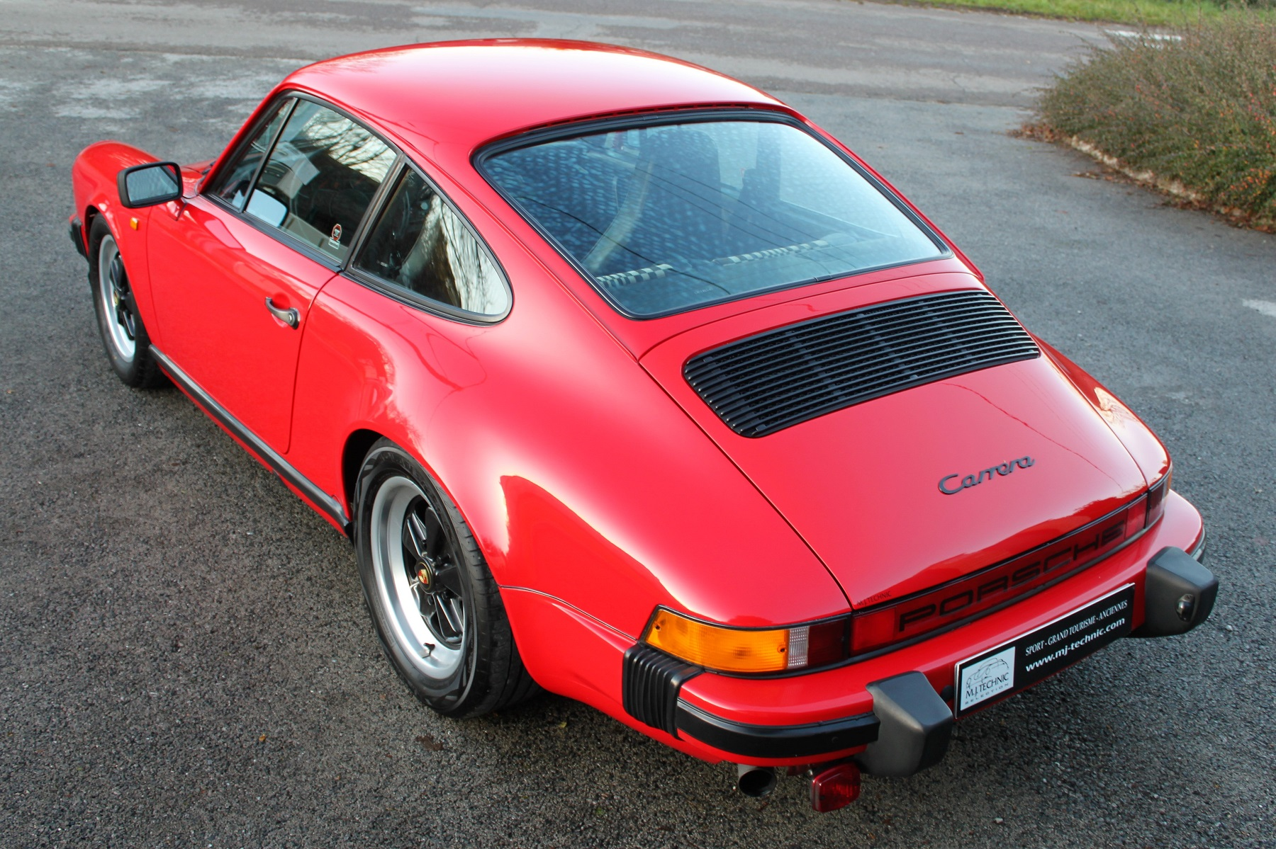 PORSCHE 911 3.2L 915 ROUGE INDIEN MJ TECHNIC (7)
